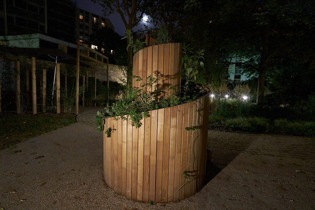 Jardin thérapeutique Jeanne Garnier de nuit